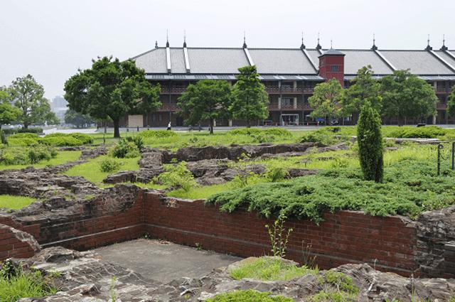 横浜赤レンガ倉庫1号館の旧税関事務所